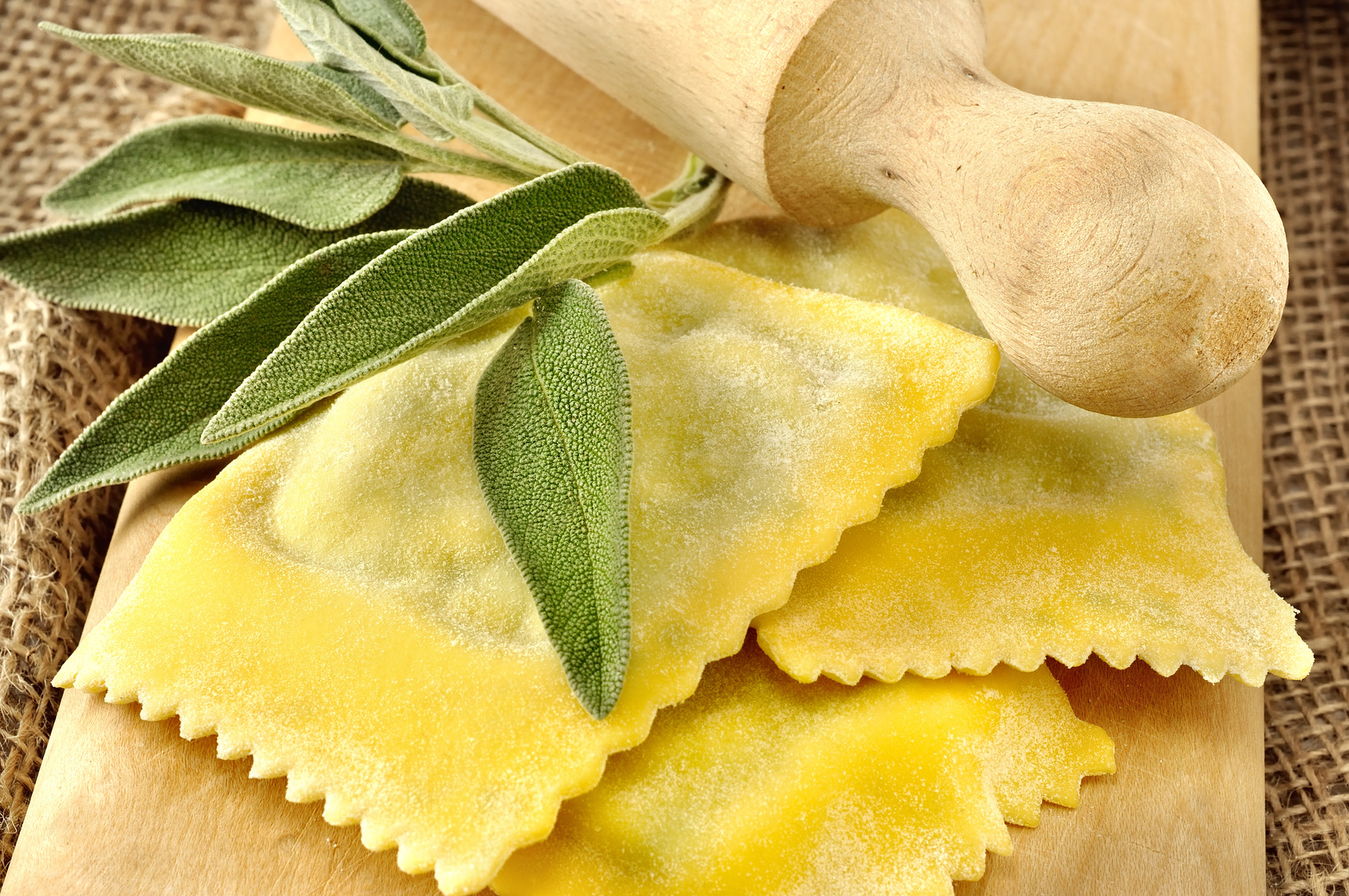 Vigilia di San Giovanni a Parma con Tortellata Luna Blu Ristorante Pizzeria